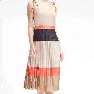 Banana Republic Pleated Color Block Midi Dress - 6